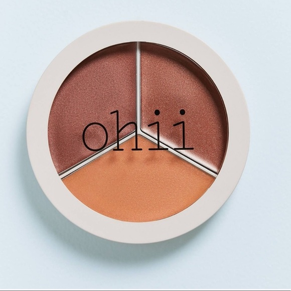 NEW URBAN OUTF OHII SOFT GLOW HIGHLIGHTER
